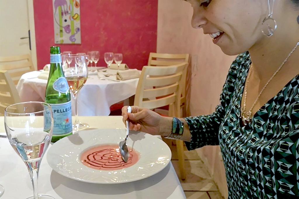 Soupe de fraises restaurant auberge des roses